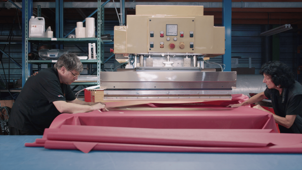 Atelier toile textile et machine soudure