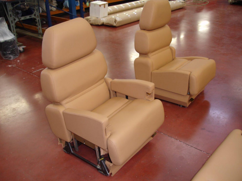 Série de siège beige pour avion de ligne