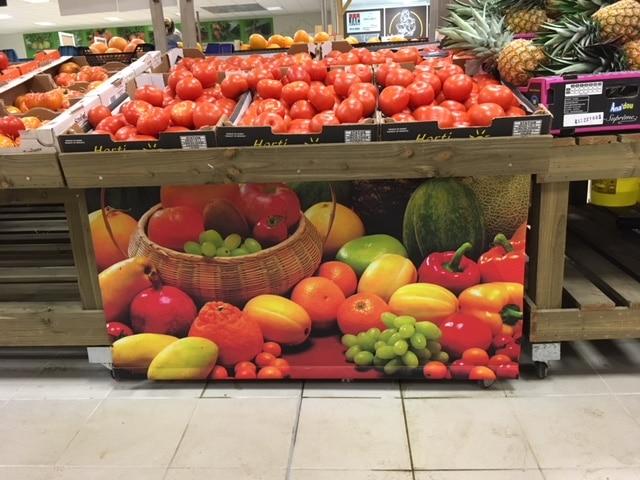 Toile imprimée pour rayon fruits et légumes magasin