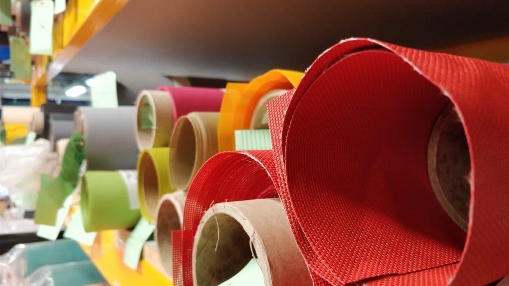 Différents rouleaux de textile techniques serge Ferrari - protection industrielle