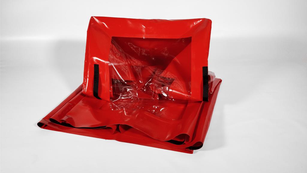 Housse rouge de protection industrielle